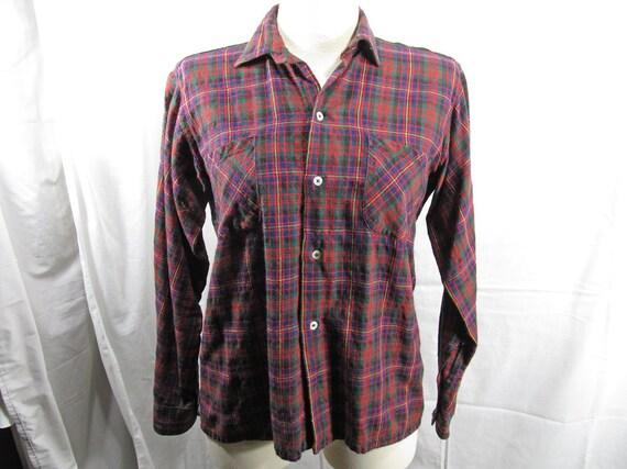 Flannel Shirt Red/Green TENAX feels like a Wool Blend, Men's Quality garment Vintage tight plaid pattern (Women's Small) Button Down shirt