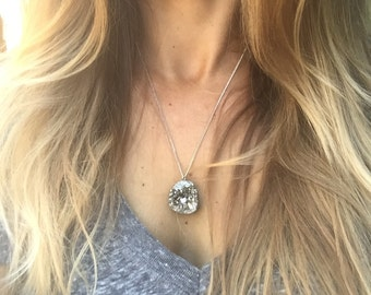 silver natural druzy necklace, dainty chain, gorgeous silver color druzy, necklace, jewelry, Bohemian necklace, druzy necklace, STUNNING