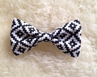 Baby Boy Toddler clip-on bow tie black and white aztec