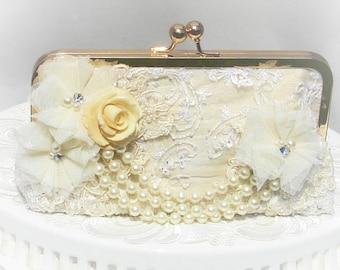 Ivory Wedding Clutch / Vintage Wedding Handbag / Bridal Clutch / Romantic Wedding