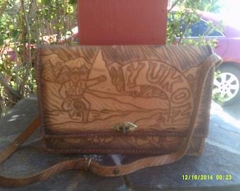 Vintage Tooled Leather Purse Shoulderbag, Tooled Leather Handbag, Yukon Leather Purse, Western Leather Purse, Brown Leather Purse