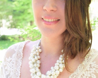 Pearl Statement Necklace, Ivory Pearl Necklace, Wedding Necklace, Bridal Necklace, Bridesmaid Necklace