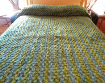 Very Retro Blue And Green Chenille Spread