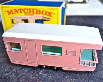1965 Matchbox Series Pink Trailer Caravan #23 In Great Condition With Original Box