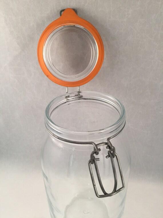 large clamp lid jar clear glass 2 liter with rubber stopper. Black Bedroom Furniture Sets. Home Design Ideas