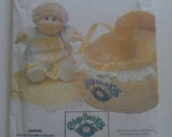 Complete with iron on... Vintage 1984 Butterick 337 pattern Cabbage Patch Kids