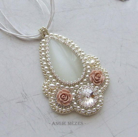 Beaded pendant tutorial bridal necklace pattern beading