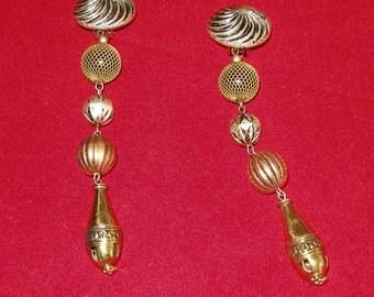 SHOULDER LENGTH CLIPON Earrings