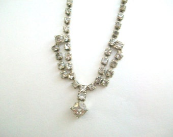 Vintage Rhinestone Necklace, Clear Rhinestone Necklace, Delicate Jewelry, Necklace for Brides, Wedding Jewelry, Wedding Necklace, Rhinestone