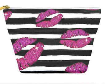 Lips Pouch, Pouch Bag, Cosmetic Bag, Makeup Bag, Toiletry Bag