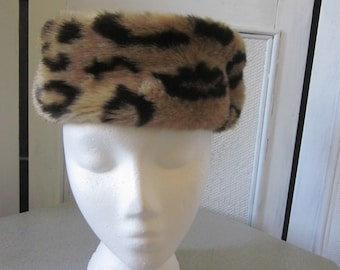 1970s Tan Leopard Velour Pillbox Hat