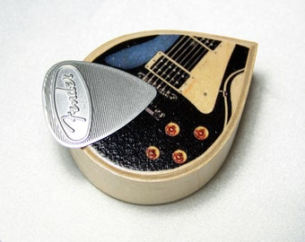 Custom Guitar Pick Box with text