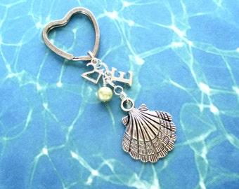 21st birthday keyring - Clam shell keychain - Personalised 21st keychain - Shell keyring - 21st gift - Initial keyring - Gift for girls - UK