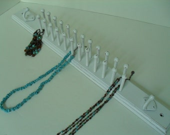 White Peg Rack for Necklaces or Ties