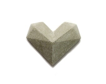 Concrete heart brooch / Modern Brooch / Lapel pin / Concrete pin / Architectural / Geometric Heart / Modern Heart