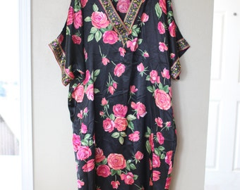 vintage black & pink rose floral  tunic caftan dress