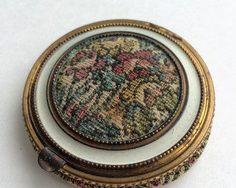 Vintage 1950's Tapestry powder compact.