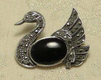 Vintage retro sterling silver onyx marcasite swan pin brooch