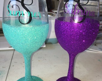 Glitter dipped intial name glasses