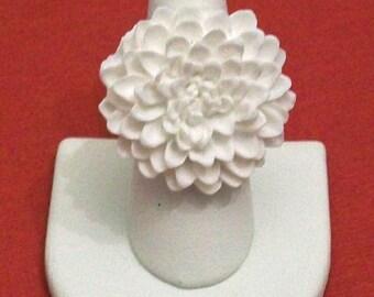 White Chrysanthemum Chrissy Flower Fashion Ring Adjustable Band