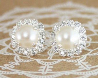 Cream pearl earrings,pearl earrings,wedding jewelry,bridal earrings,bridesmaid earrings,ivory pearl earrings,silver pearl earrings,ivory