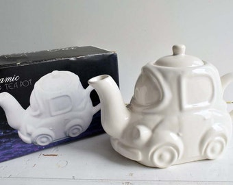 Boxed From 1990's Ceramic Plain White Car Novelty Tea Pot. Foreign Made in Taiwan.