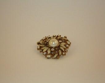 Brooch, Vintage Monet Faux Pearl Brooch