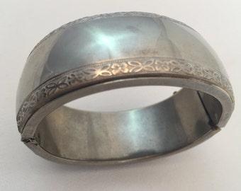 Vintage Silver Tone Hinged etched flower Bracelet