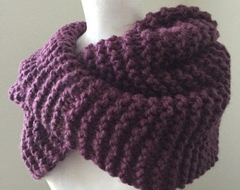 Chunky Knit Cowl, Fig Knit Infinity Cowl, Knit Cowl Scarf, Loop Scarf, Infinity Scarf, Cozy Knit Cowl