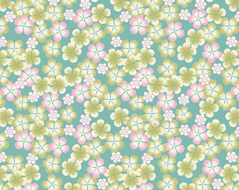 Lewis & Irene Patchwork Quilting Fabric Tropical Flowers A135.1 Green