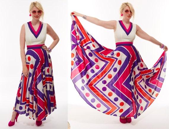 Vtg 70s MOD Geometric Zig Zag Print Polka Dot Abstract MAXI DRESS Full Sweep Swing Skirt Cascading Goddess Art Deco Psychedelic Retro Boho