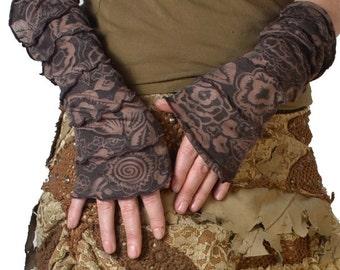"Gloves ""Ornamental brown"""