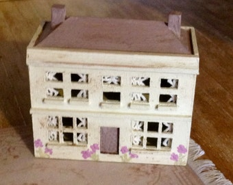 Shabby Distressed Dolls House