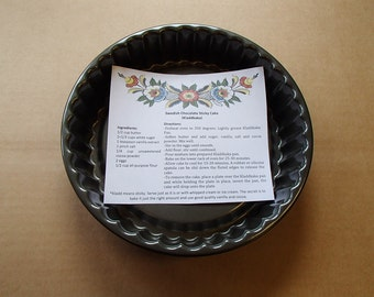 Scandinavian Swedish Kladkaka Chocolate Sticky Cake Pan with Recipe