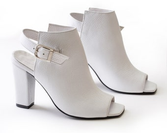 White Leather Sandals, Leather Booties, Ankle Boots, Open Toe Sandals, Leather Shoes, Block High Heels