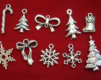 "10pc set ""Christmas"" charms in antique silver style (BC835)"