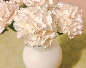Carnations ~ Delicate Sugar Flowers  ~ Set of 5 ~ Gum Paste Flowers ~ Edible cake topper