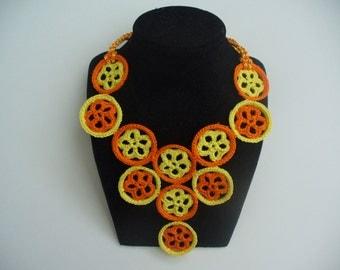 Crochet flower necklace pattern, original crochet jewelry, round floral motif, crochet flower motif, floral blocks crochet necklace pattern