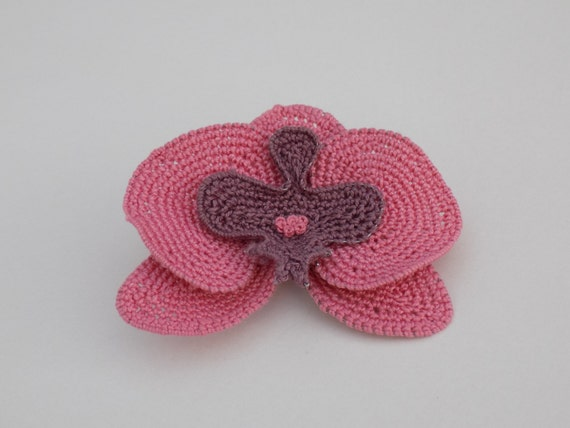 Free Crochet Pattern Orchidee : Exotic flowers: crochet pink Orchid Flower brooch/hairpin ...