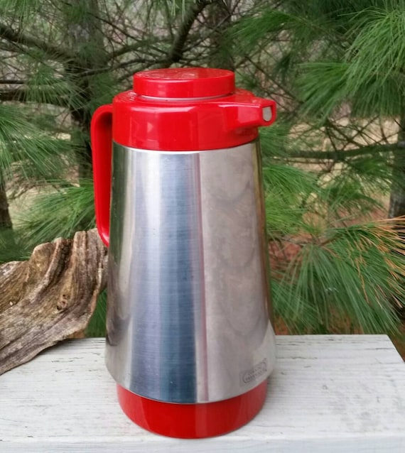 rad red silver corning thermique coffee carafe. Black Bedroom Furniture Sets. Home Design Ideas