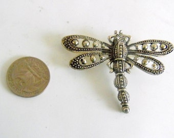 Pretty pewter DRAGONFLY brooch pin