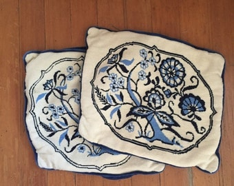 Vintage embroidered pillow cases with crushed velvet backing, Swedish / 1950s