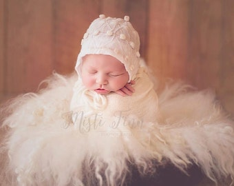 Sweet Baby Poms Bonnet - Newborn Props