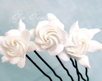 Gardenia hair pins, Wedding gardenia hair pin set. White gardenia hair pin