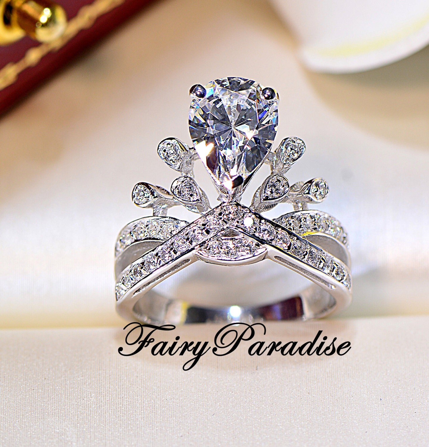 2 ct pear cut princess crown ring deco engagement ring