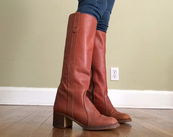 Sz 7 1/2 Tall Tan Riding Boots