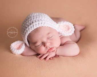 Handmade Lamb Bonnet // Baby Boy Girl Crochet Photo Prop // Easter Shower Gift