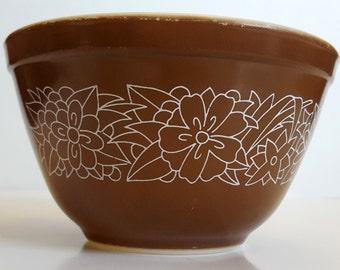 Vintage Pyrex Woodland Bowl 750 ml