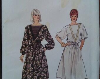 Vintage Vogue Dress Pattern #8393