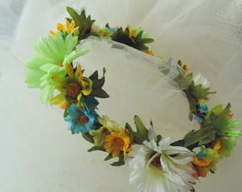 Rustic Wedding Wildflower Crown, Daisy Tiara. Boho Chic Headdress, Birthday Crown Renaissance Tiara